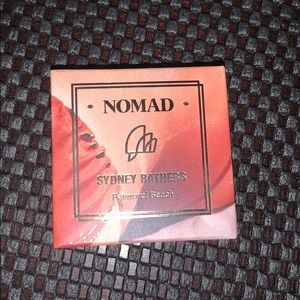 Nomad Kiss Of Sun Highlighter